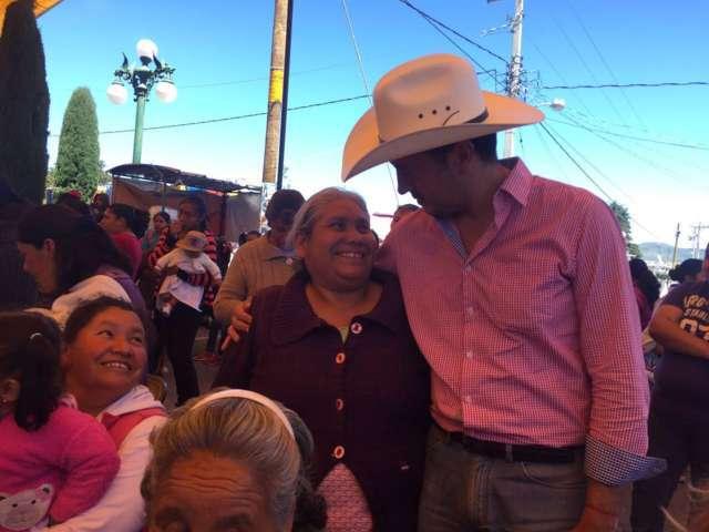 Ignacio Ramírez sigue dando resultados en su distrito.