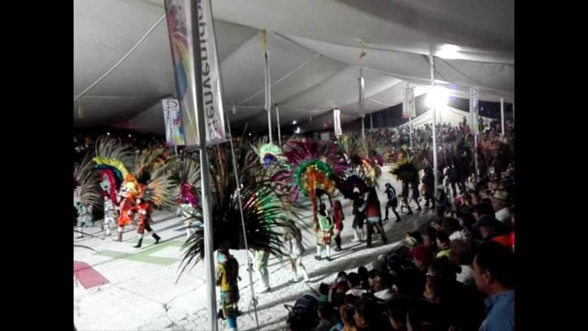 Con ornamentales matices y algarabía, celebran El Día del Huehue en Tlaxcala