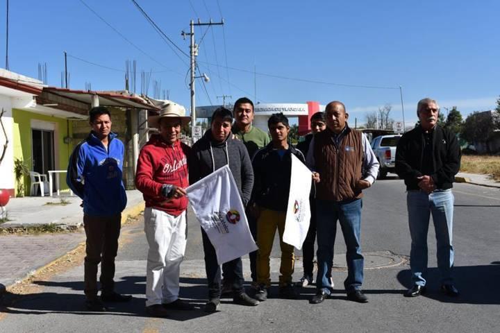Arranca Tomás Orea, obra: Sendero Seguro en Zacatelco