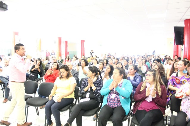 La UPTx egresa jóvenes exitosos: Enrique Padilla