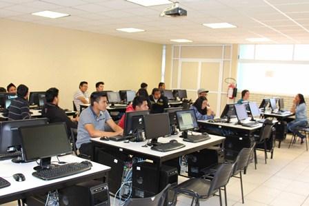 Inició con participación la semana de las ingenierías en la UPtx