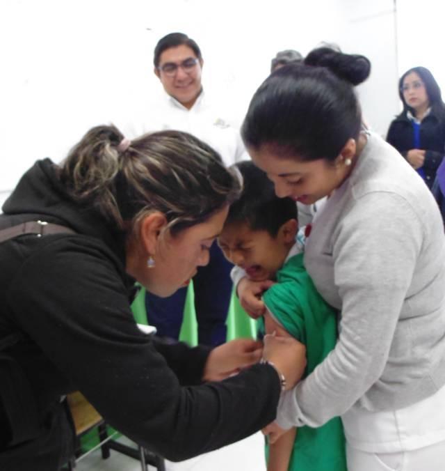 Ratifica alcalde de Totolac trabajar por la salud de los niños