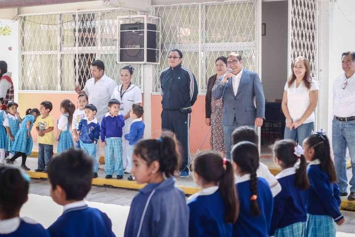 Giovanni Pérez Briones encabeza Semana Nacional de Vacunación en Totolac