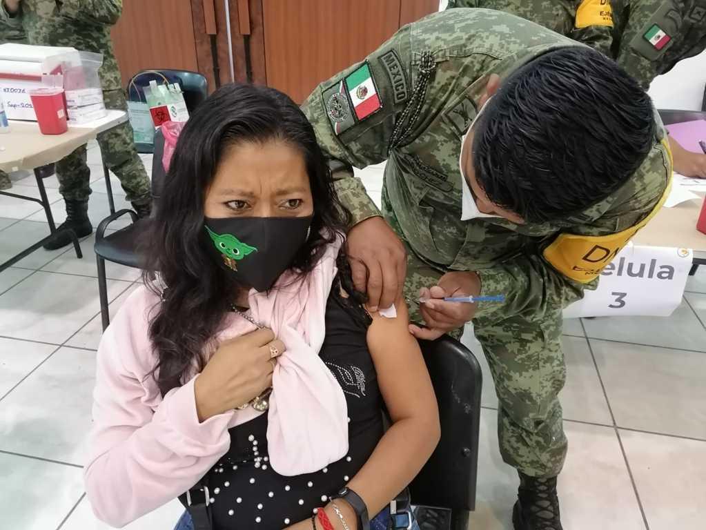 Vacunan en 6 días a más de 97 mil tlaxcaltecas