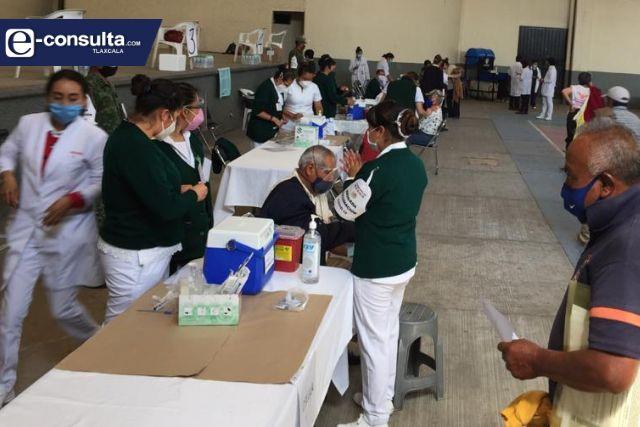 Sin contratiempos se desarrolla la vacunación contra el Covid en Papalotla