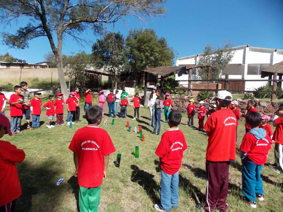 Alcalde y SMDIF de Xiloxoxtla Clausuran Curso de Verano 2015