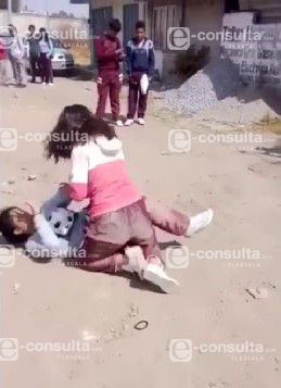 Video de pelea en secundaria de Yauhquemehcan se hace viral