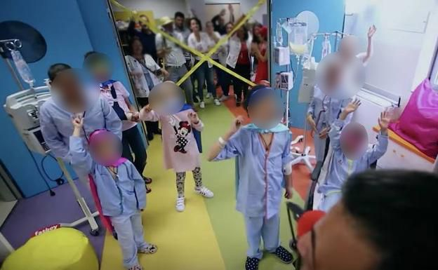 Tres niños con cáncer están muriendo por unas firmas