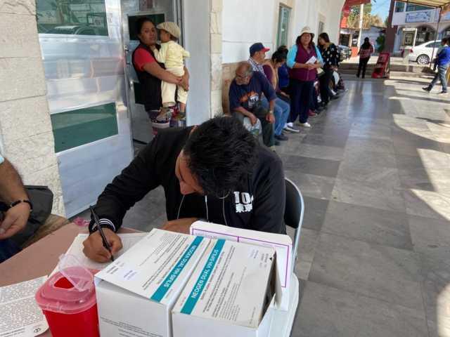 Realiza SESA pruebas gratuitas de VIH en Xicohtzinco