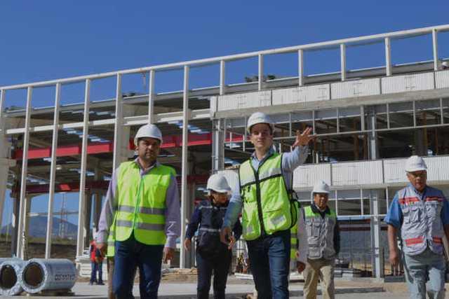 Alcalde de Calpulalpan impulsa el empleo con nueva planta que abrirá próximamente