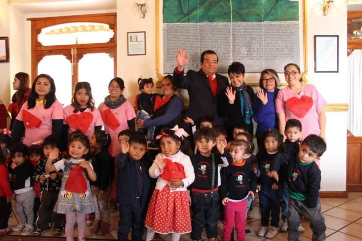 En este 14 de febrero fomentemos valores entre niñas y niños: alcalde