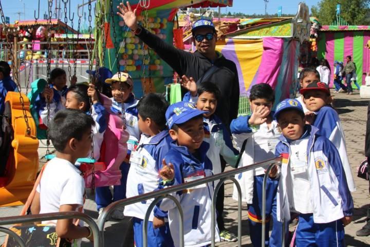Disfrutan 350 niñas y niños difusores del DIF Estatal de la Feria Tlaxcala 2017