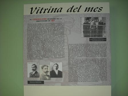 Dedican vitrina del mes al Federalismo Mexicano