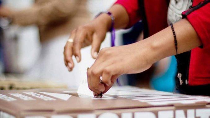Aprueba INE reducción a tres bloques el primer debate presidencial