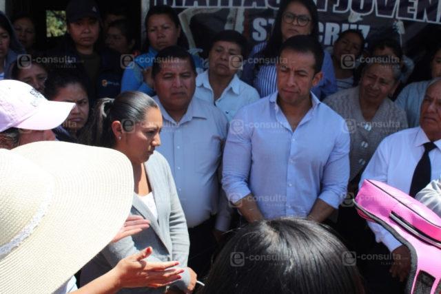 Bajo presión cesan a maestro acosador de escuela de Tepeyanco