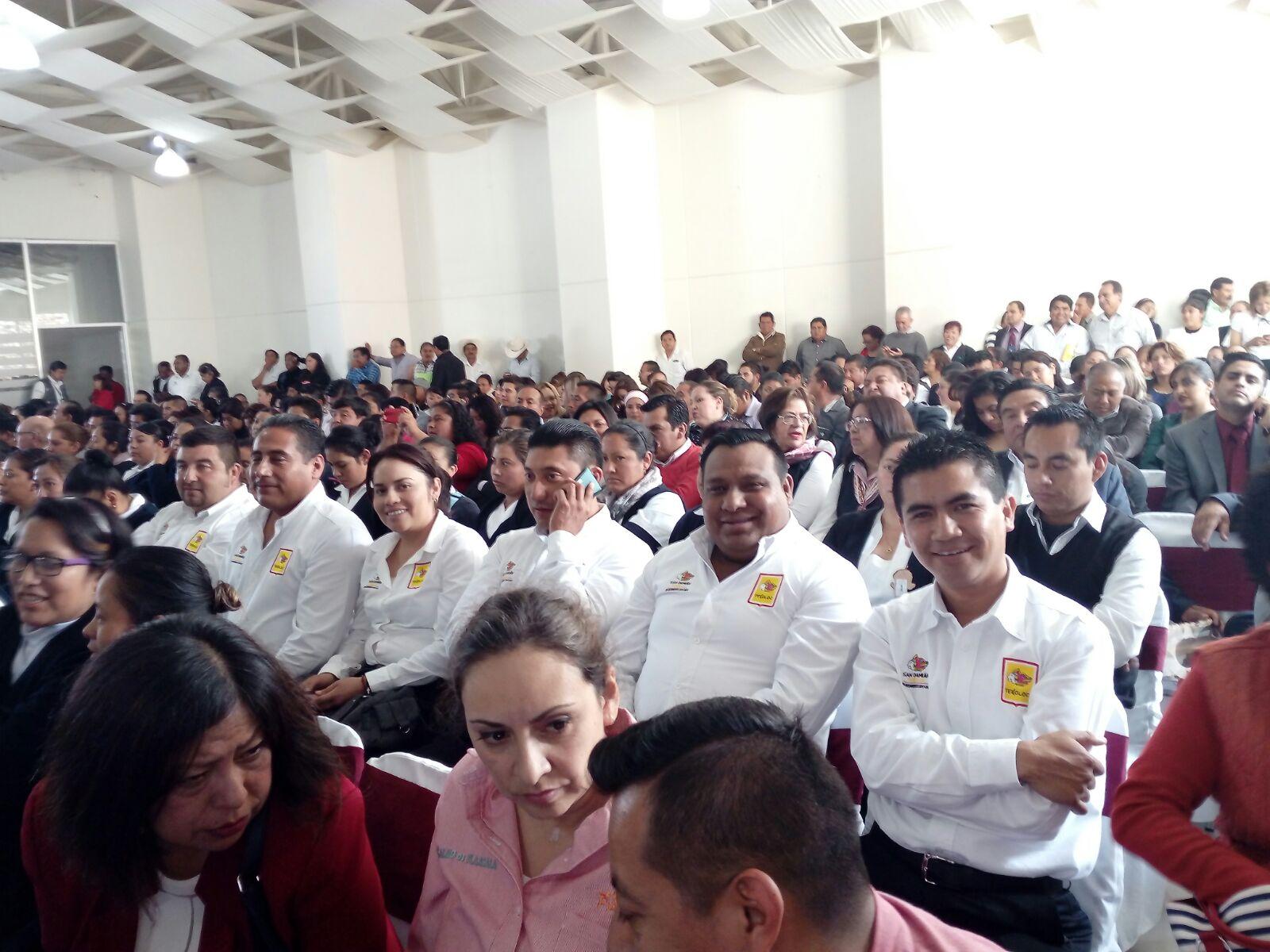 Maribel Cervantes asiste a evento por la salud