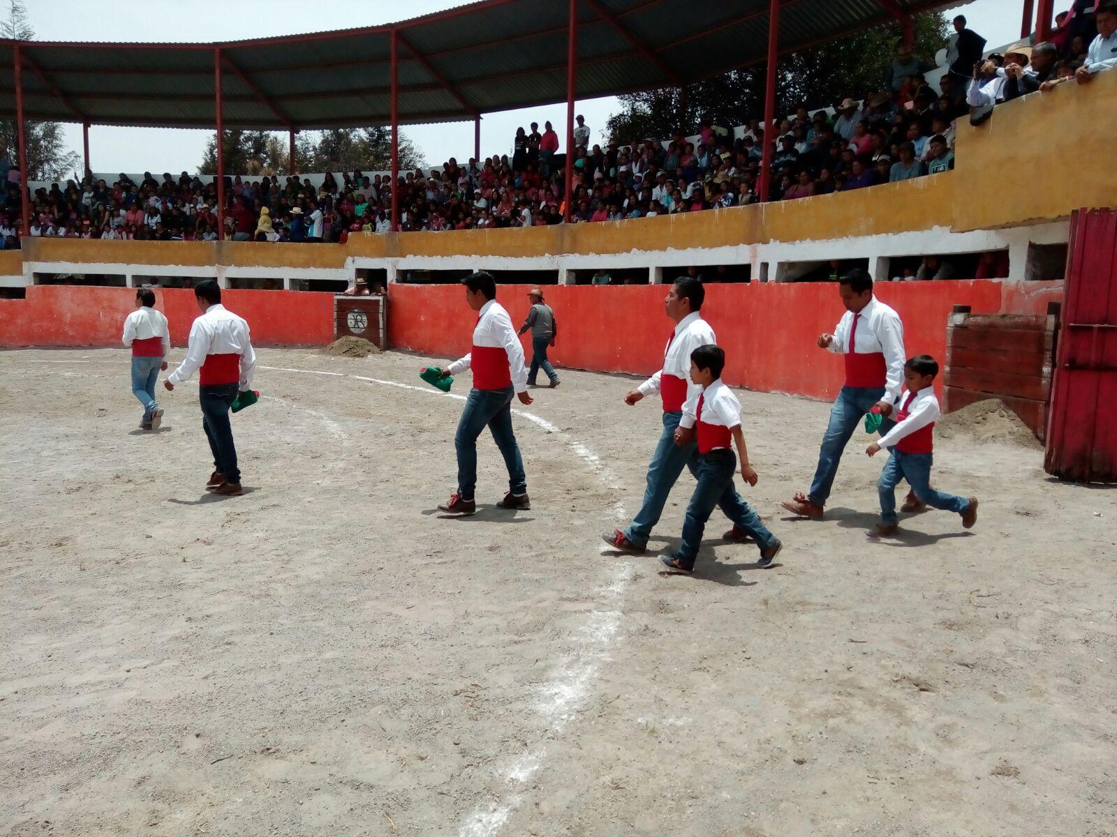 Festejando el día del niño en Tzompantepec