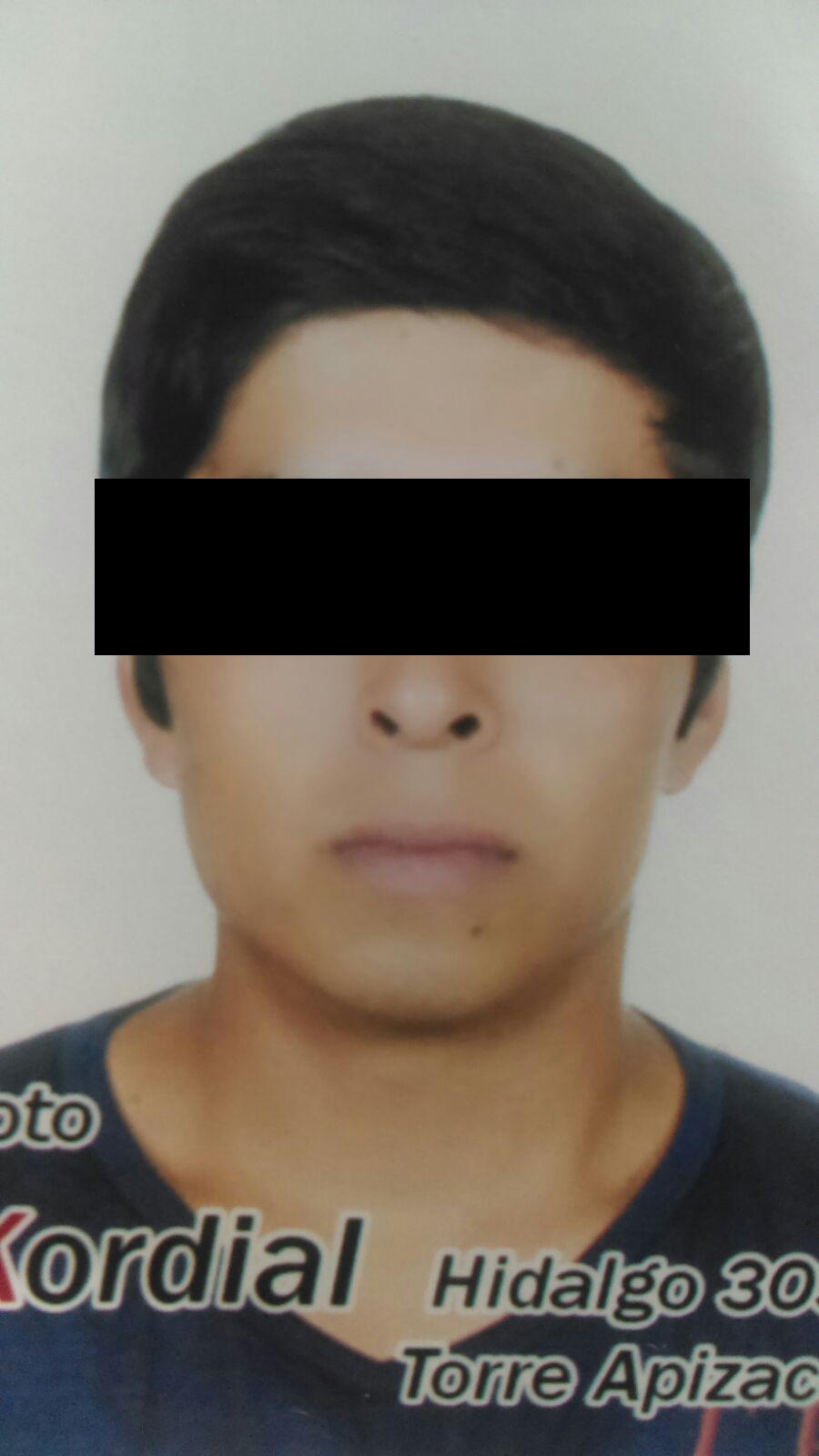 Elementos de policía de Tetla localizan a joven extraviado