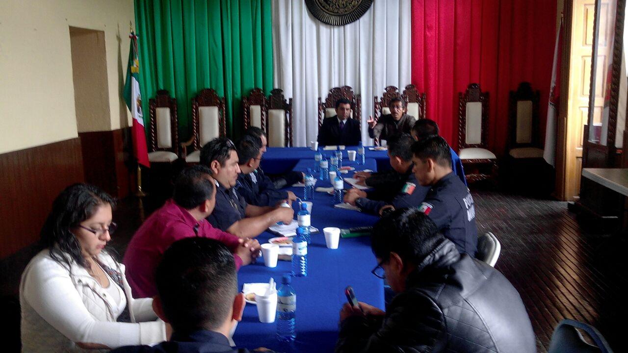 Alcalde de Calpulalpan encabeza reunión regional de seguridad pública