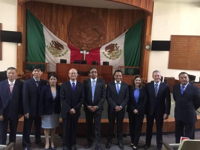 Necesario fortalecer relaciones con otros países: Carlos Carreón