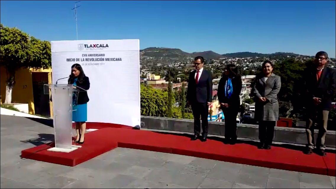 Realizan conmemoración del CVII Aniversario de la Revolución Mexicana