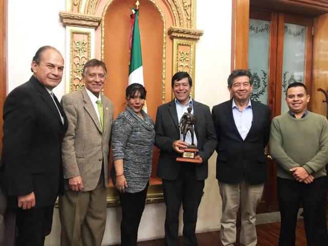 Acuerdan alcaldesa de Tlaxcala y rector de la UACH impulsar proyectos agropecuarios