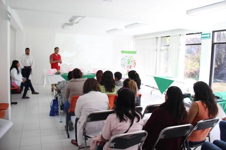 Fortalecen programa de salud materna y perinatal en municipio de Papalotla