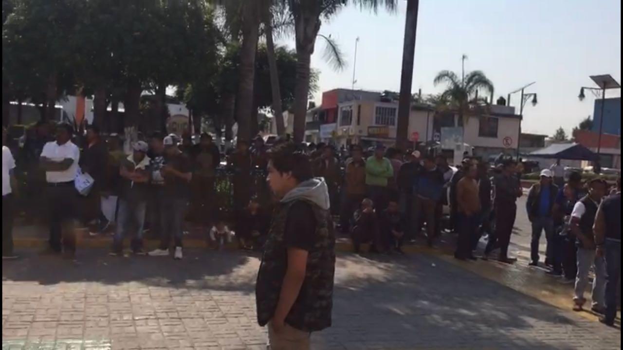Insisten pobladores de Papalotla en sacar al director de seguridad
