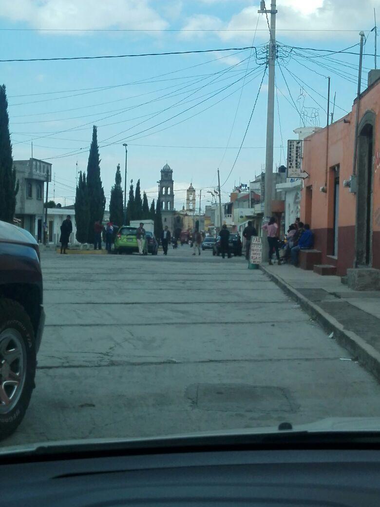 Amedrenta regidor con funciones de alcalde a tesorera de Ixtenco