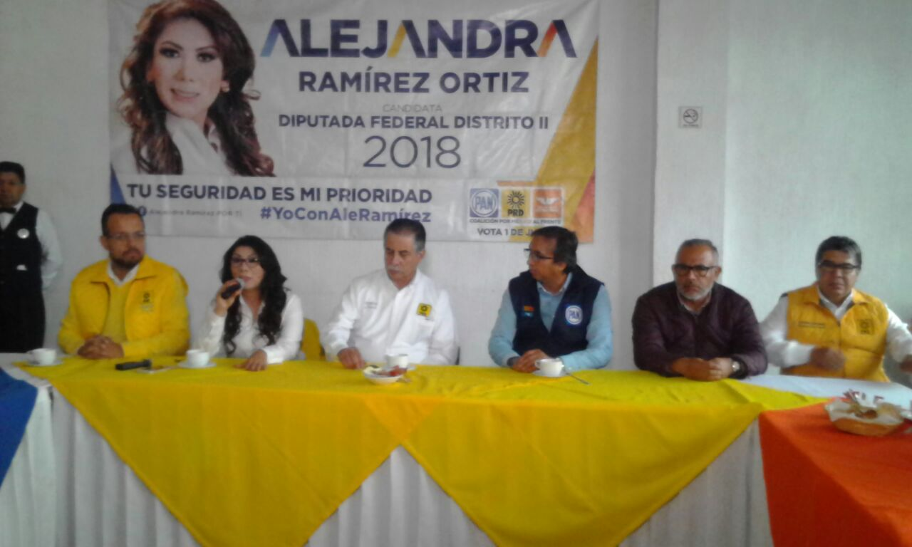 Alejandra Ramírez acusa guerra sucia en su contra