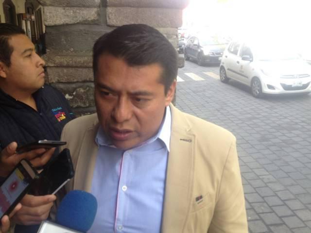 La suspensión de la evaluación detendrá el cese de maestros: Terán