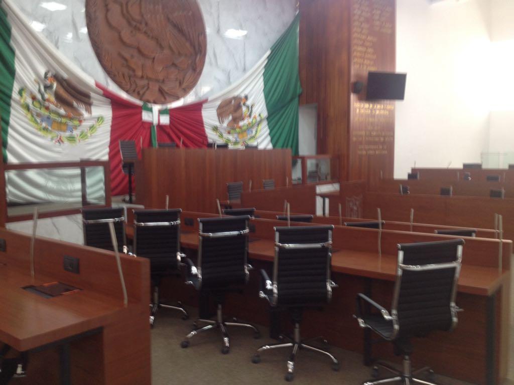 Ilegales las 24 comisiones ordinarias aprobadas en el Congreso