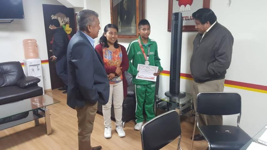 Alcalde reconoce trayectoria del medallista paralímpico Héctor Yosef