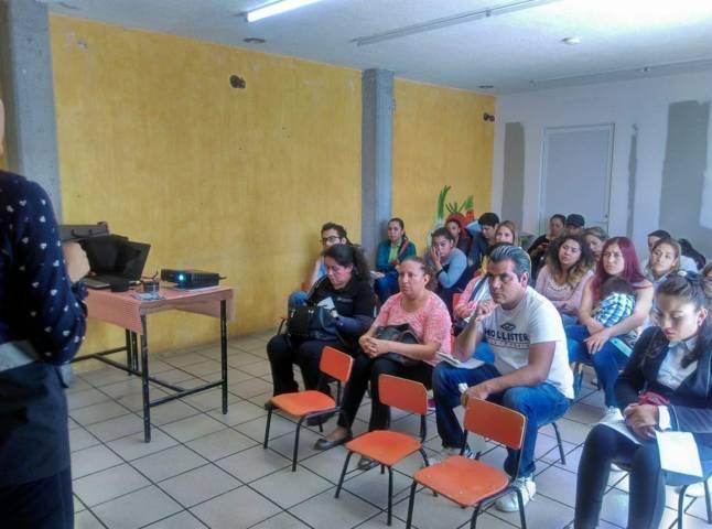 Imparten talleres de prevención del delito en escuelas de Apizaco