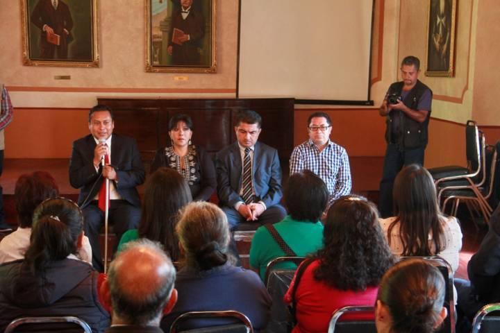 Entregan 108 aclaraciones de actas de nacimiento gratuitas en la capital