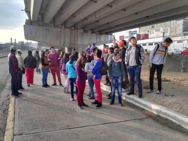 Ayuntamiento De Chiautempan realiza jornada de saneamiento en la Vía Corta