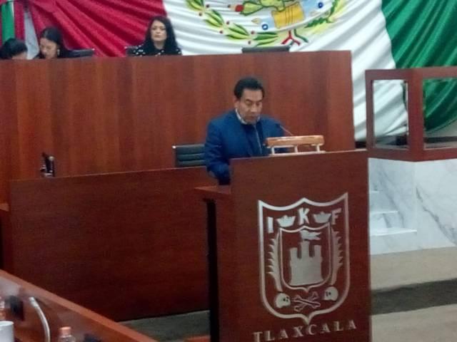 Báez López ofende a diputados tras su desconocimiento en Morena