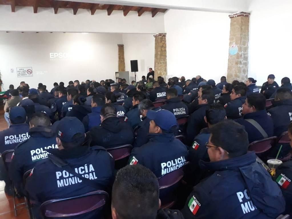 PGR Tlaxcala capacita a policías municipales de SPM