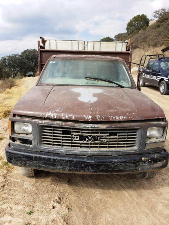Aseguran camioneta utilizada para trasiego de hidrocarburo ilegal en Ixtacuixtla
