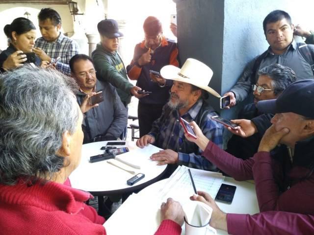 Piden destitución del edil de Calpulalpan y su cabildo por corruptos