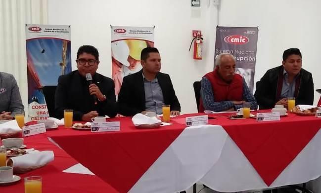 Gobierno de Tlaxcala prefiere constructoras de Puebla
