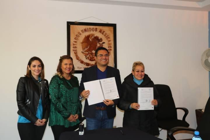 El SMDIF de Apizaco firma convenio de colaboración con Cossies
