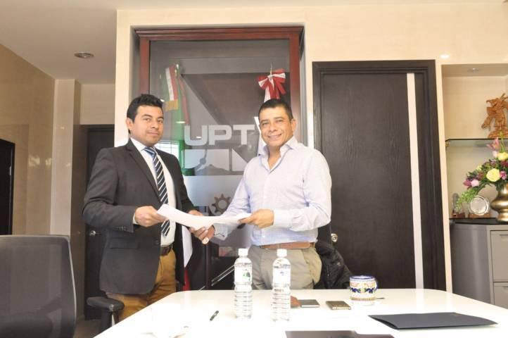 Firma rector de UPTx convenio con EUSK México