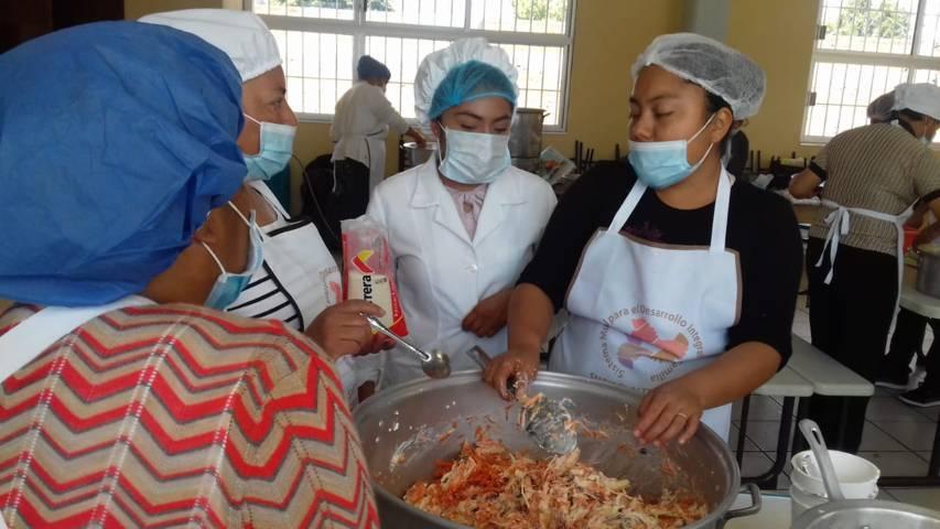 La alimentación es primordial para el desarrollo y aprendizaje de los niños: MFG