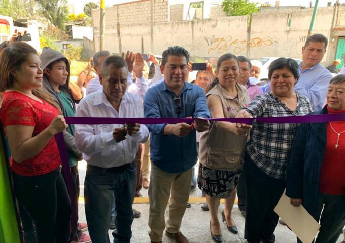 Inaugura Garrido Cruz oficinas de comité municipal de San Pablo del Monte