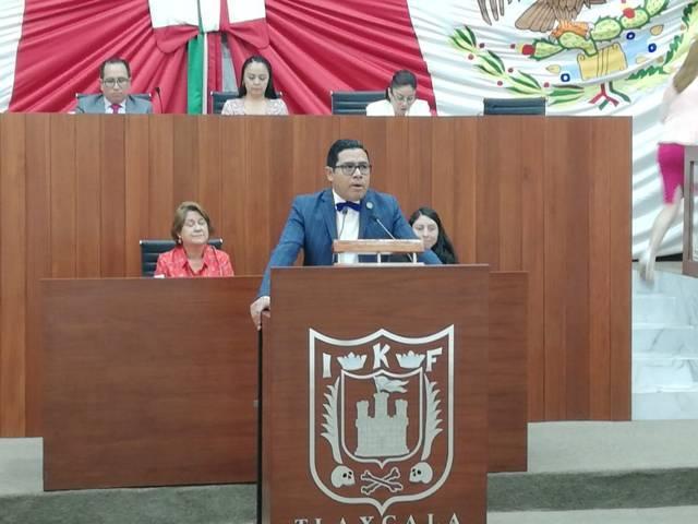 Guardia Nacional y combate al huachilco, reconoce Milton de AMLO