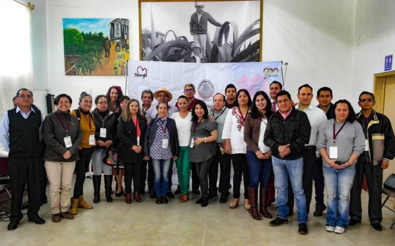 Realizan foros de turismo en Nanacamilpa