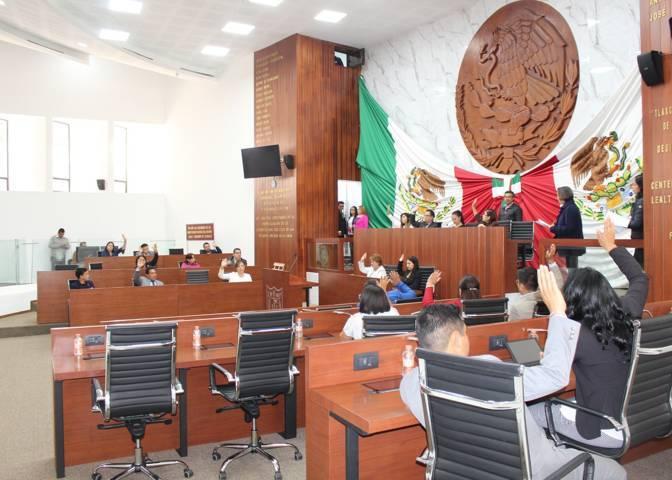 Diputados se hacen de la vista gorda por acusaciones contra nueve autoridades de Calpulalpan