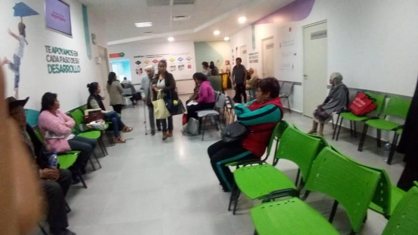 El SMDIF contribuye con la salud de los grupos vulnerables con laboratorios gratis