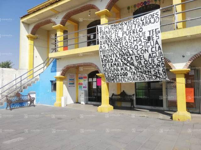 Pobladores mantienen cerrada la presidencia de San Isidro en SPM